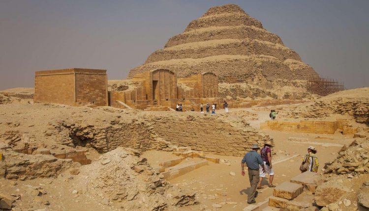 """Découverte en Egypte de 59 sarcophages intacts, et ce n'est qu'""""un début"""""""