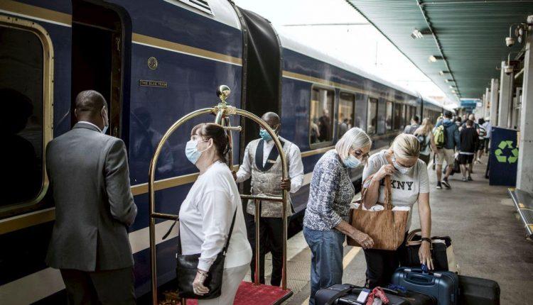 Escapade à bord du luxueux Blue Train sud-africain, loin du Covid